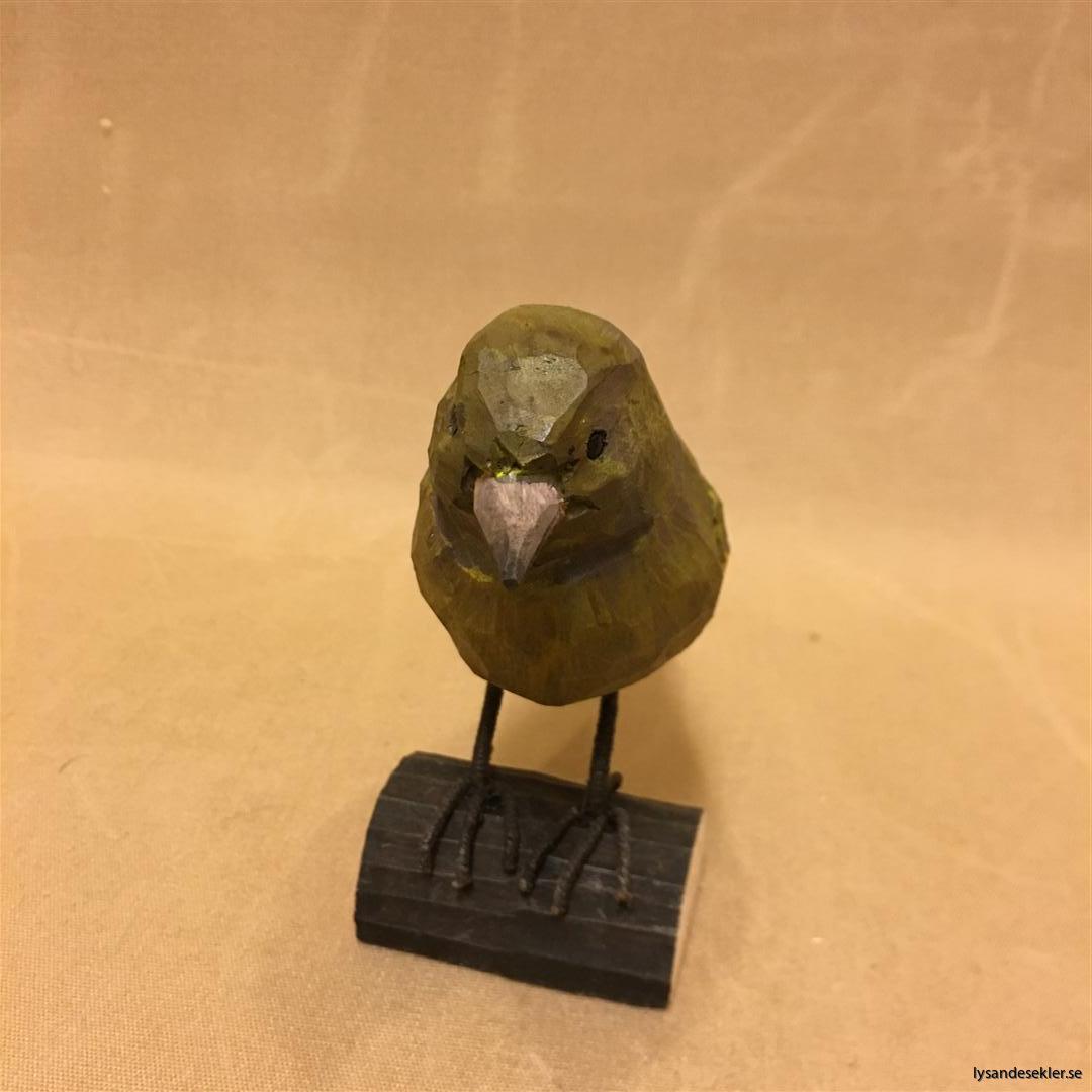 grönsiska handsnidad fågel trä snidad naturlig storlek dekoration (4)