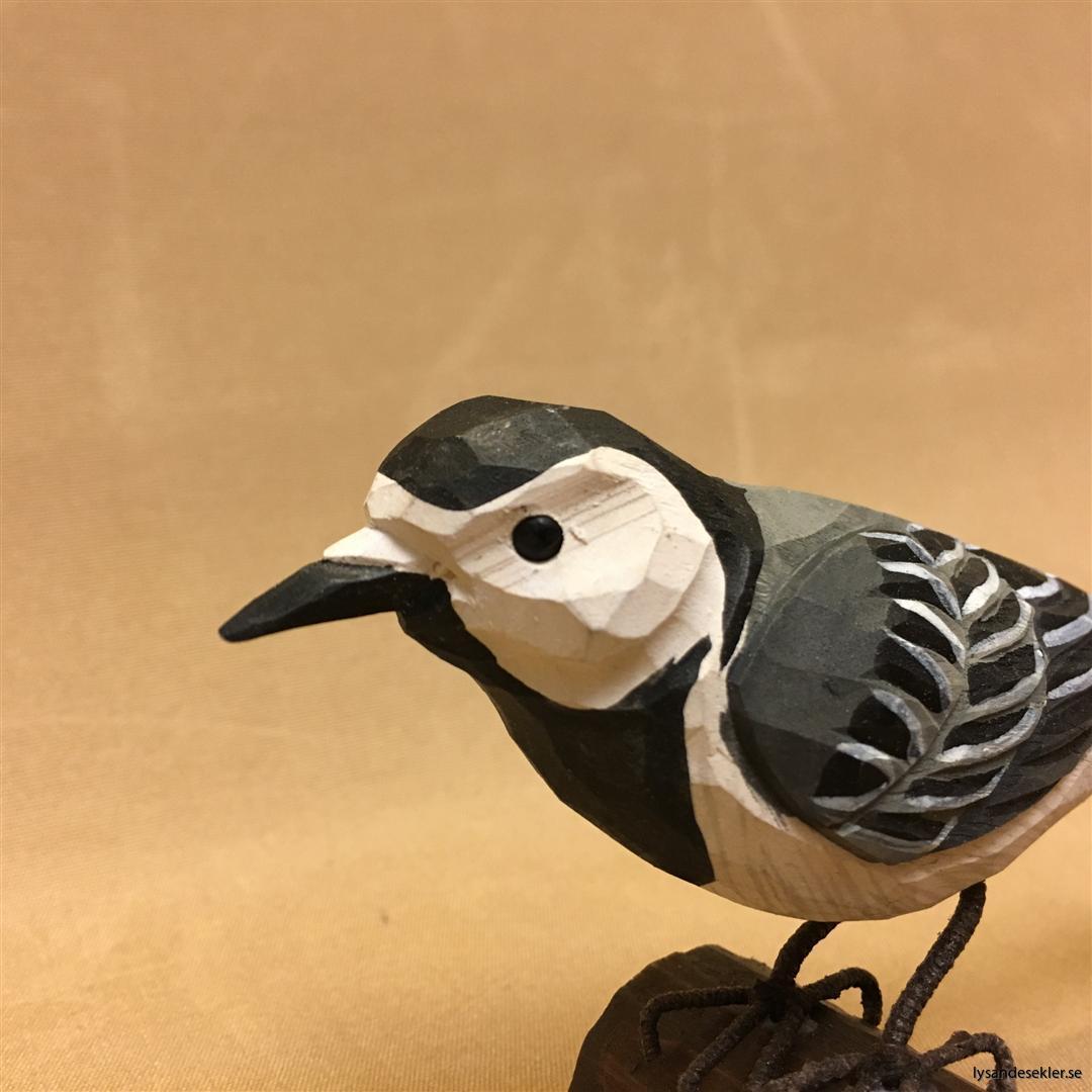 sädesärla  handsnidad fågel trä snidad naturlig storlek dekoration (4)