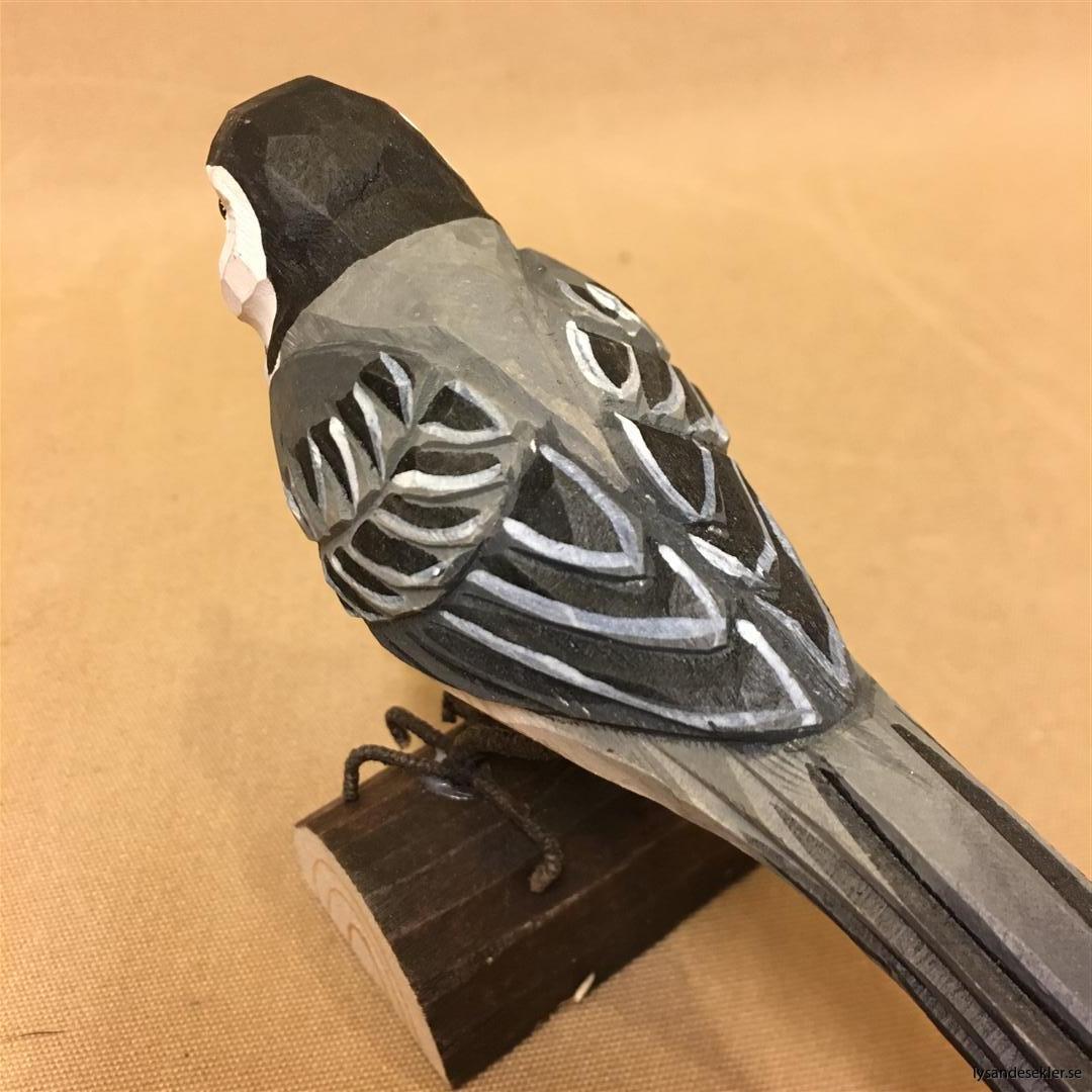sädesärla  handsnidad fågel trä snidad naturlig storlek dekoration (5)
