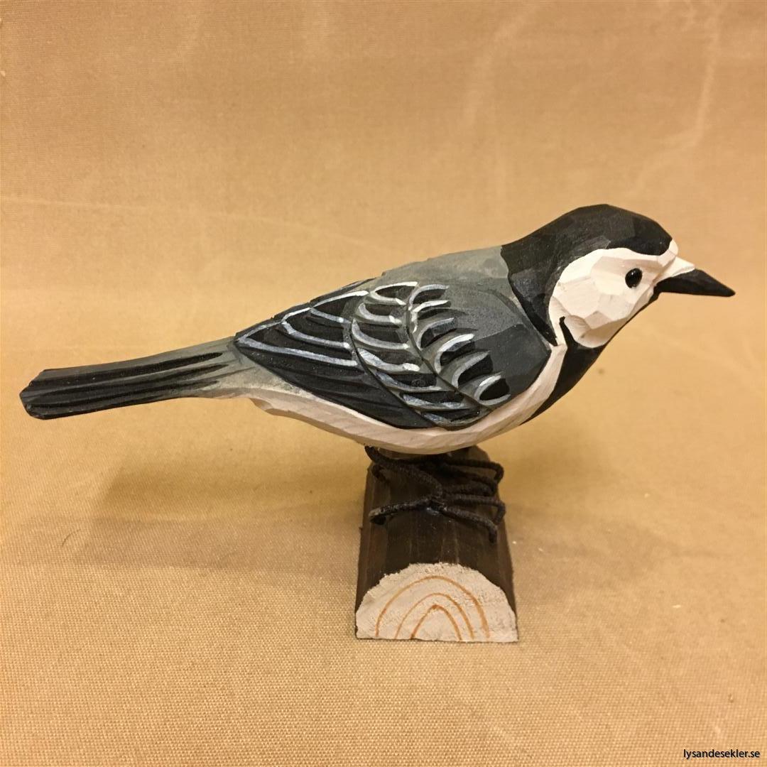 sädesärla  handsnidad fågel trä snidad naturlig storlek dekoration (1)