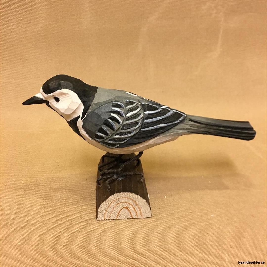sädesärla  handsnidad fågel trä snidad naturlig storlek dekoration (2)