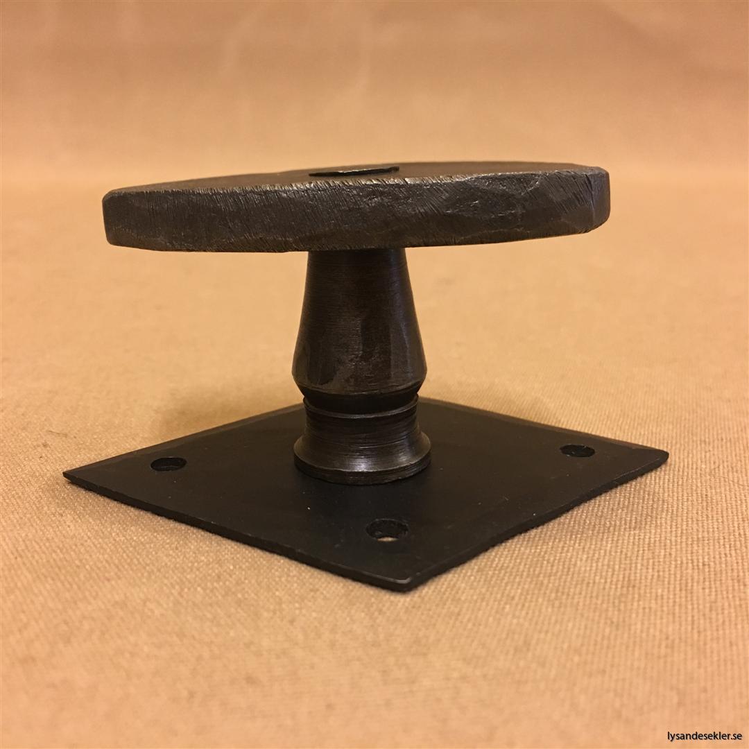smidesrosett smidesbleck dörrbleck rosett till dörrhandtag i smide handsmitt handsmidd
