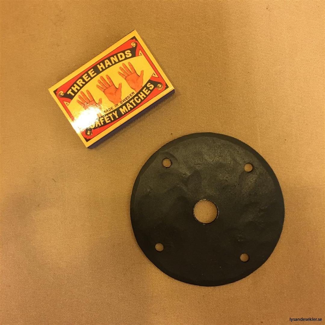 smidesrosett smidesbleck dörrbleck rosett till dörrhandtag i smide handsmitt handsmidd (8)