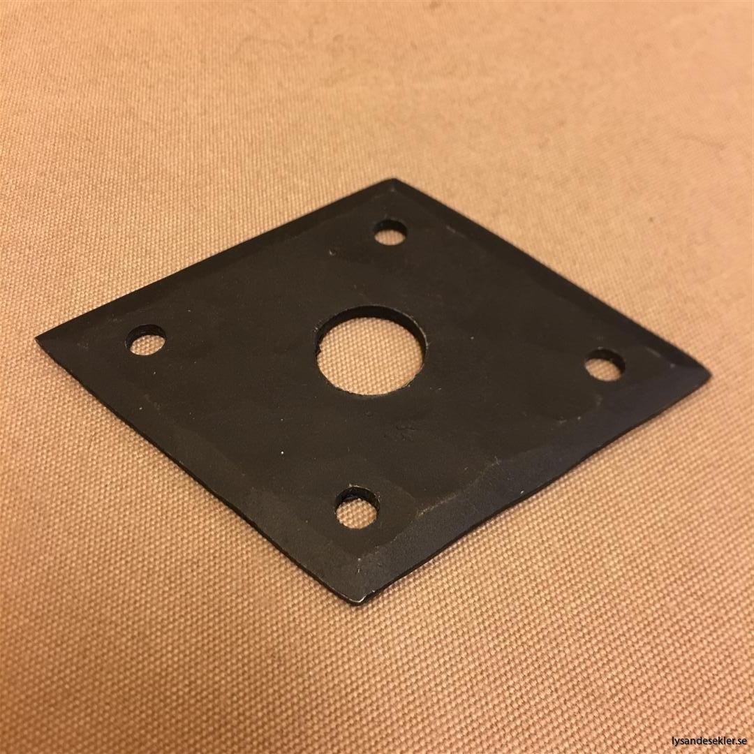 smidesrosett smidesbleck dörrbleck rosett till dörrhandtag i smide handsmitt handsmidd (11)
