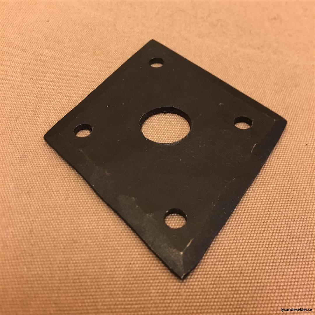 smidesrosett smidesbleck dörrbleck rosett till dörrhandtag i smide handsmitt handsmidd (12)