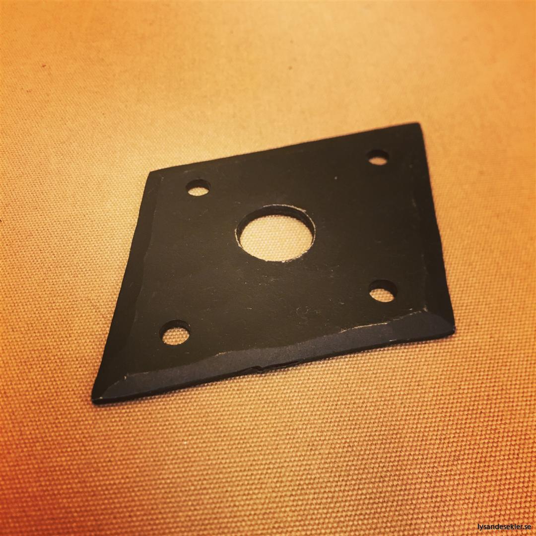 smidesrosett smidesbleck dörrbleck rosett till dörrhandtag i smide handsmitt handsmidd (6)