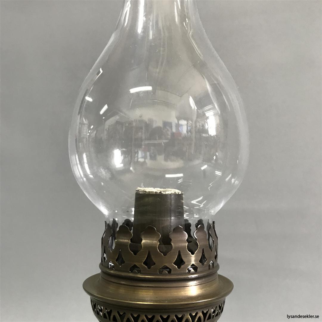 brasserielampa brasserielampan fotogenlama mässing vägglampa bordslampa fransk oljelampa (7)