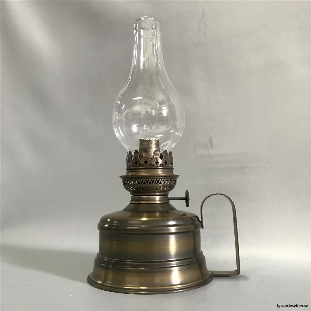 brasserielampa brasserielampan fotogenlama mässing vägglampa bordslampa fransk oljelampa (3)