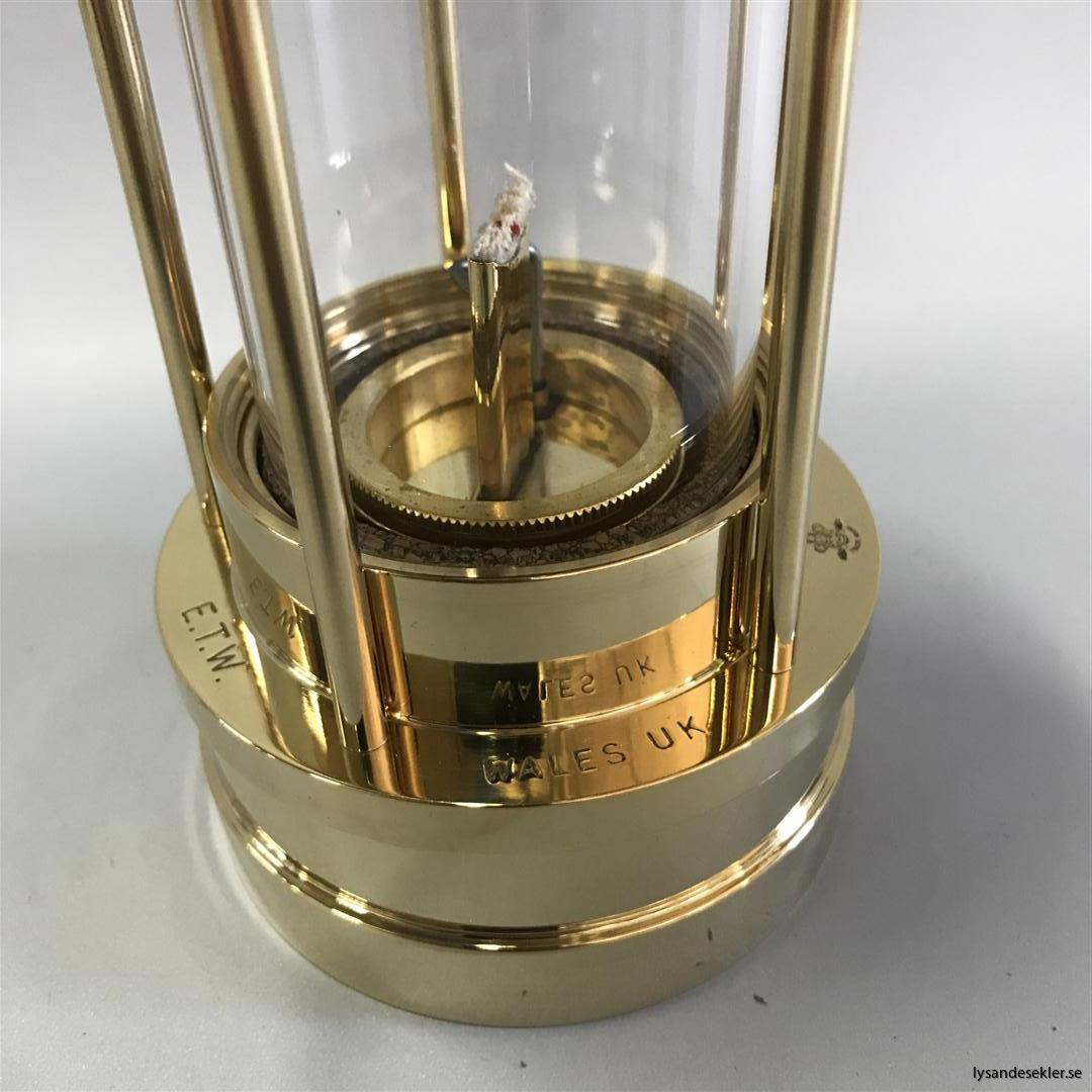 miner's lamp gruvlampa gruvlykta gruvlampor gruvlyktor oljelampor gruvmodell (28)