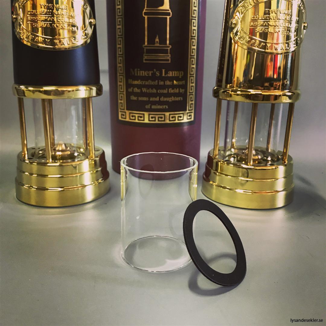 miner's lamp gruvlampa gruvlykta gruvlampor gruvlyktor oljelampor gruvmodell (32)
