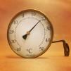 Stor mässingstermometer