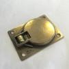 Durkbeslag 47x63 mm i mässing (luckbeslag)