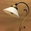 Jugendlampan med liten opalvit skomakarskärm - Jugendlampan med liten opalvit skomakarskärm