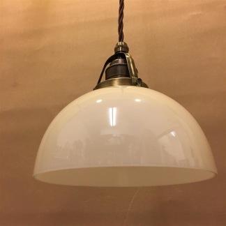 Vaniljtonad skålformad skärm med antikt/brunt tygsladdsupphäng - Skålformad gulvit hänglampa med tvinnat brunt tygsladdsupphäng