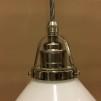Opalvit 15 cm skomakarskärm med nickel/grå tygsladdsupphäng