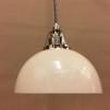 Vaniljtonad klockskärm med nickel/grå tygsladdsupphäng - Skålformad gulvit hänglampa med tvinnat grått tygsladdsupphäng