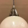 Vaniljtonad klockskärm med nickel/grå tygsladdsupphäng