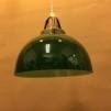 Mörkgrön skålformad skärm med enkelt plastupphäng - Grön skålformad klockskärm  + 390 cm sladdupphäng med väggkontakt