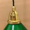 Mörkgrön 15 cm skomakarskärm med mässing/svart tygsladdsupphäng