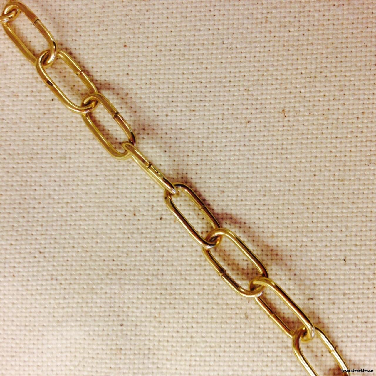 mässingsfärgad järnkedja små länkar liten dekorationskätting