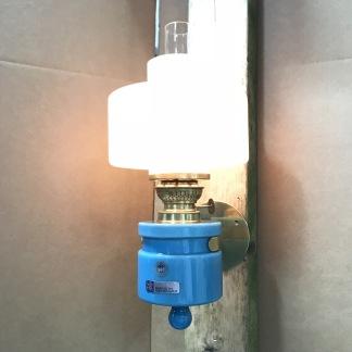 Nicoline - väggfotogenlampa 10''' i dansk design 1967 - NICOLINE turkos väggfotogenlampa från Holmegaard