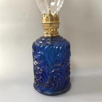 Liten fästemansgåva 3''' med blå glasornament (äldre) - Mörkblå minioljelampa med 3''' brännare