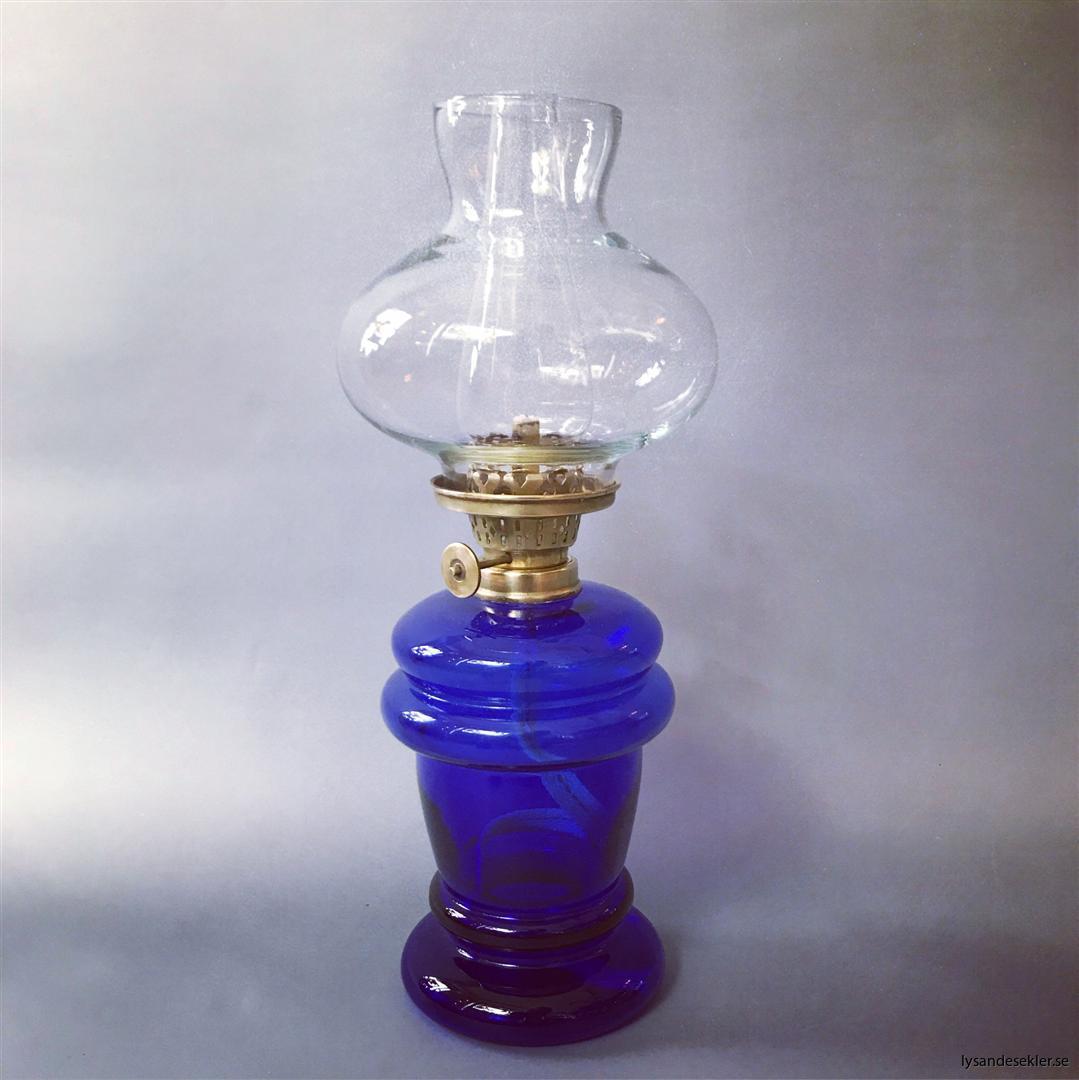 liten fotogenlampa minifotogenlampa minioljelampa oljelampa fästmansgåva (1)