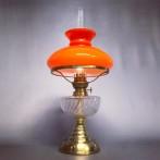 Klassisk bordsfotogenlampa med orange skärm (äldre)