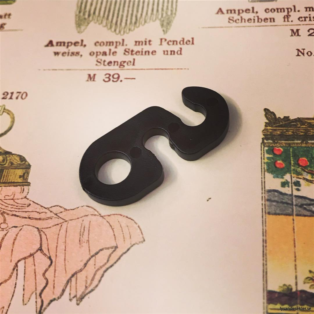 upphängningsbygel upphängning plast för tygsladd fäste krok (4)