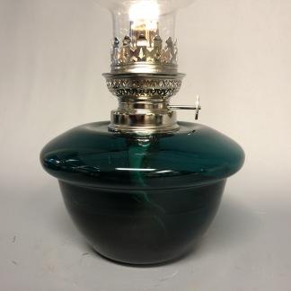 Fotogenlampa nicklad 14''' med mörkgrönt oljehus (äldre) - Äldre fotogenlampa 14''' nickel och mörkgrönt glas