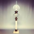 Antik fotogenlampa med alabasterfot 14''' (äldre)