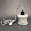 Retrolampa med tygsladd (äldre) - Äldre lampskärm + tygsladd vit med 2 ringar