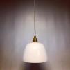 Opalvit lampa med tygsladd (äldre) - Äldre lampskärm + tygsladd grå med 2 ringar