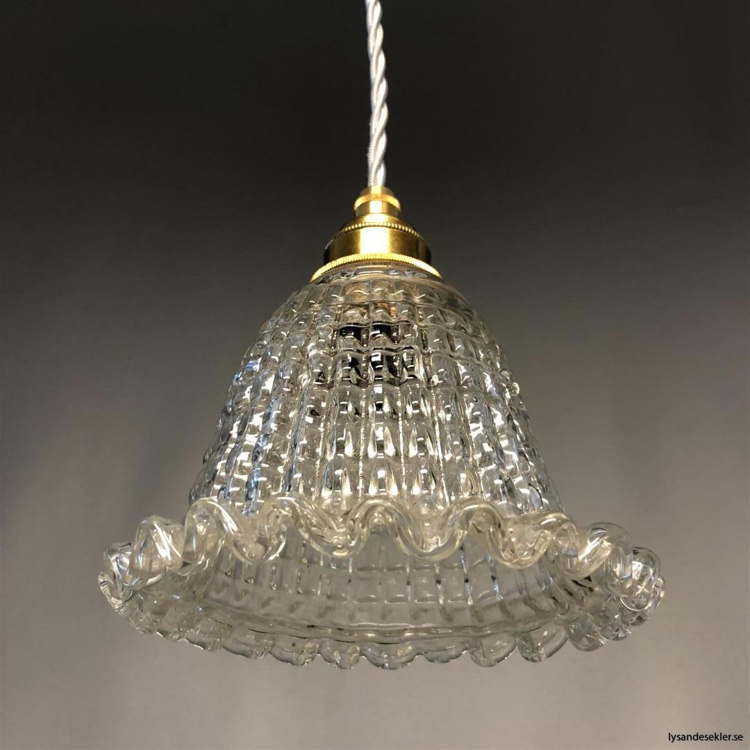 äldre elektriska lampor med tygsladd (2) (Large)