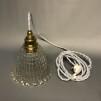Vintageskärm med tygsladd (äldre) - Äldre lampskärm + tygsladd vit med 2 ringar