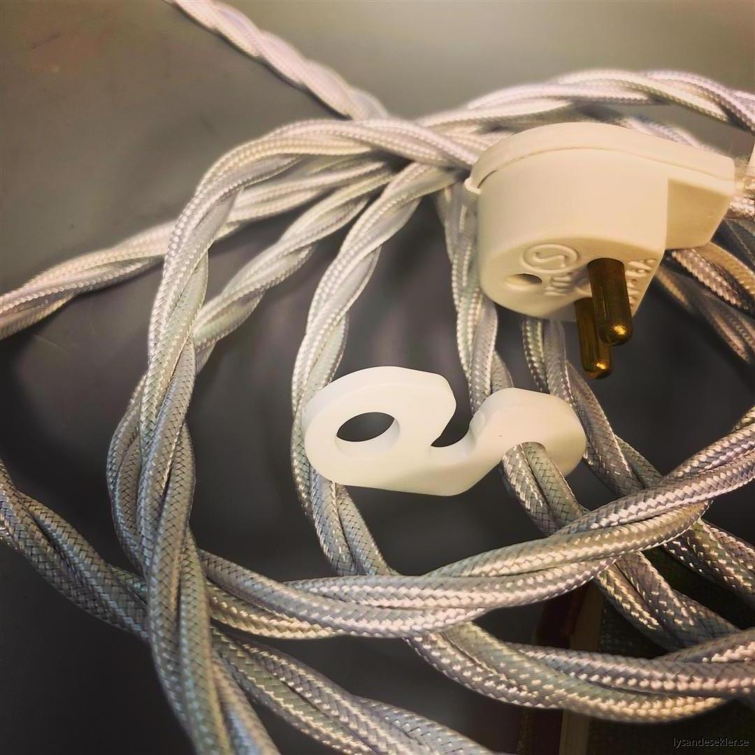 äldre elektriska lampor med tygsladd (10) (Large)
