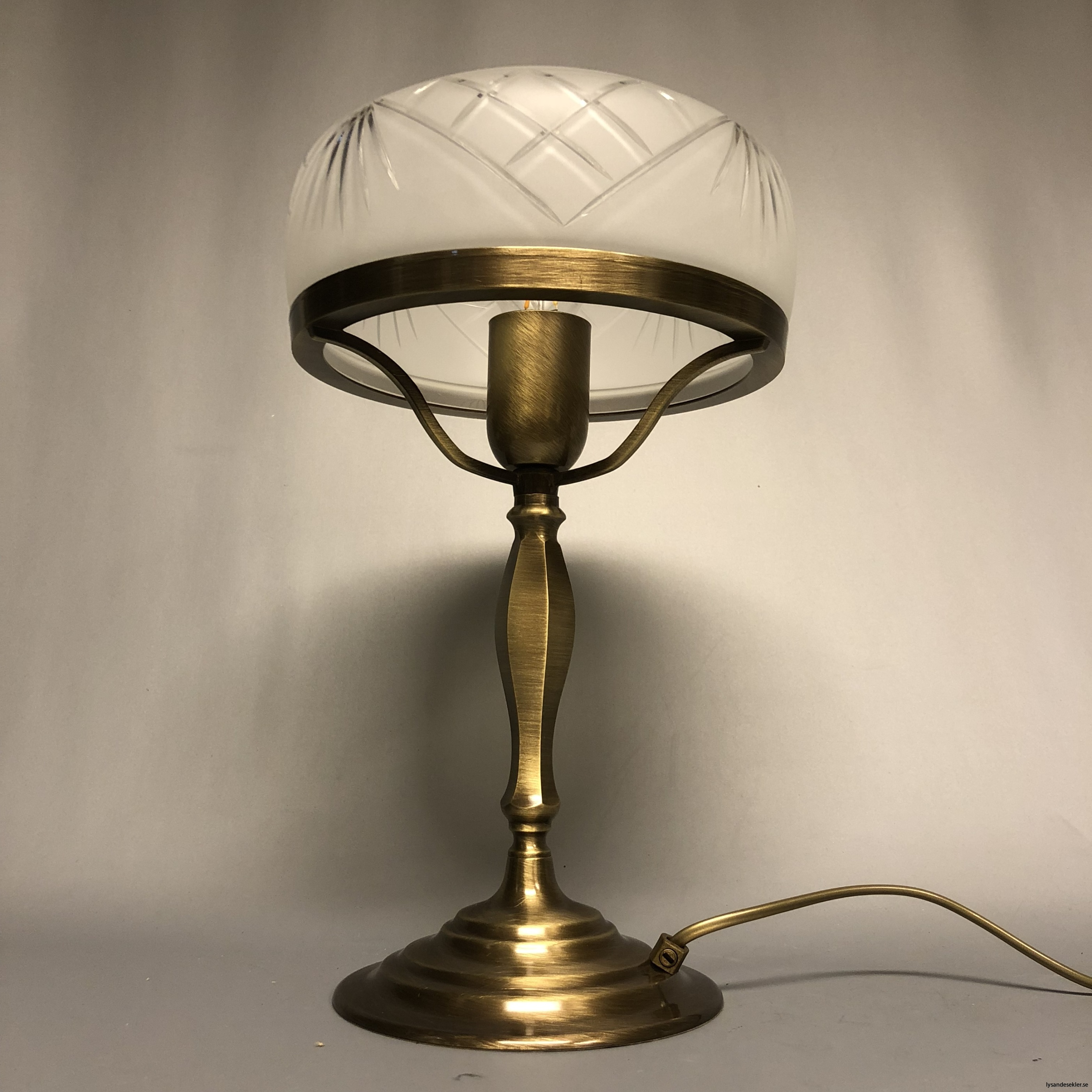 strindbergslampa strindbergslampor strindberg lampa skärm kupa strindbergsskärm strindbergskupa22