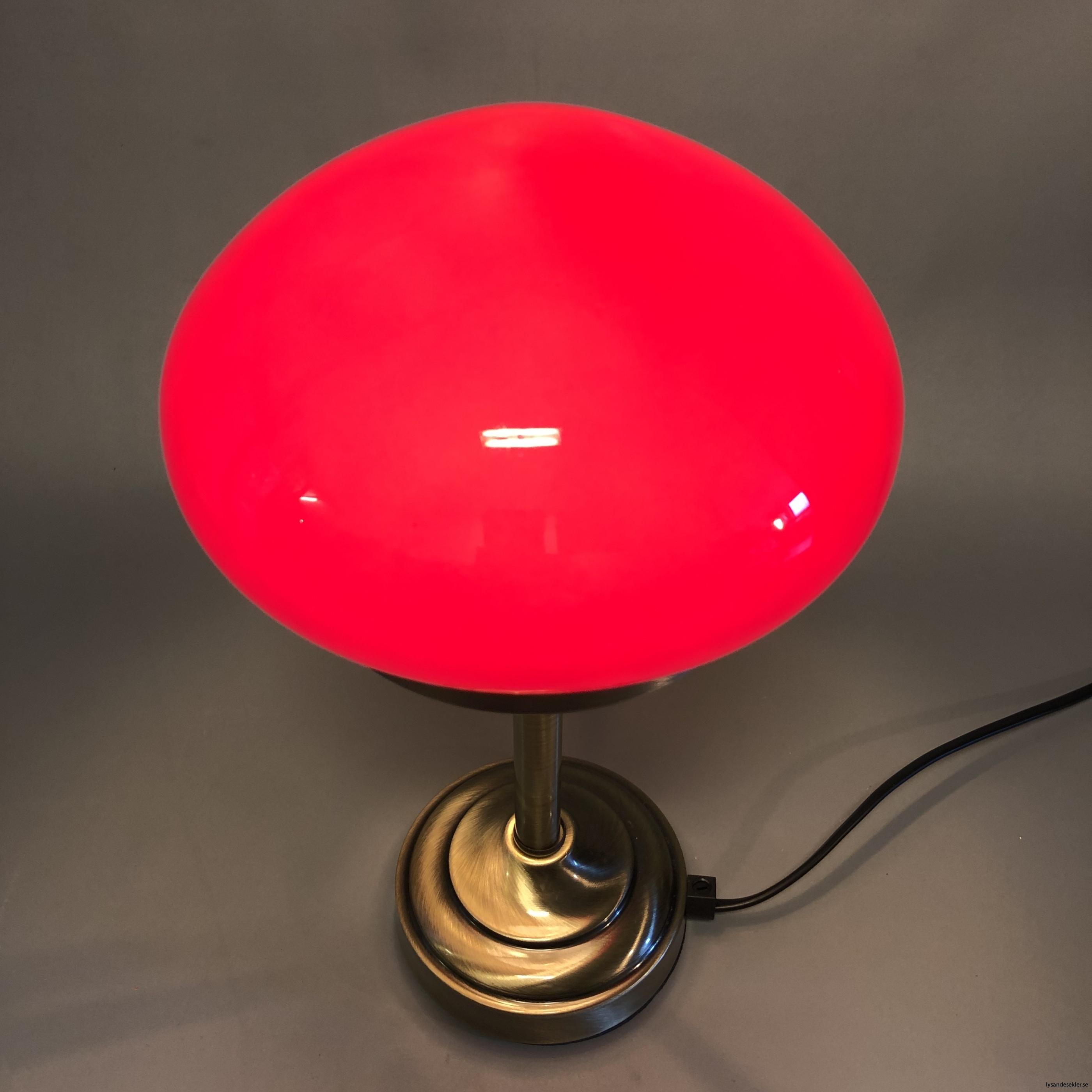 liten strindbergslampa 12 cm skärm15