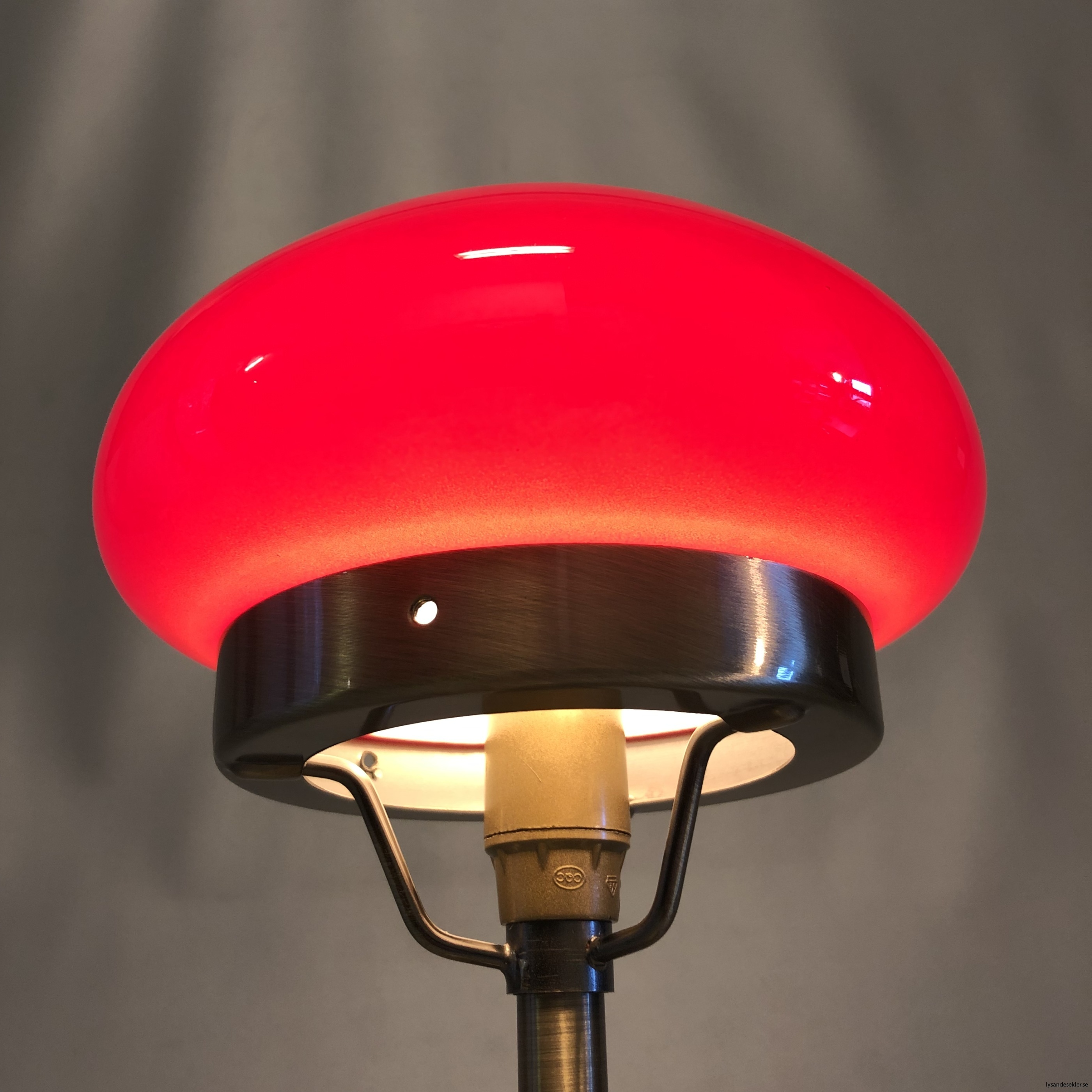 liten strindbergslampa 12 cm skärm14