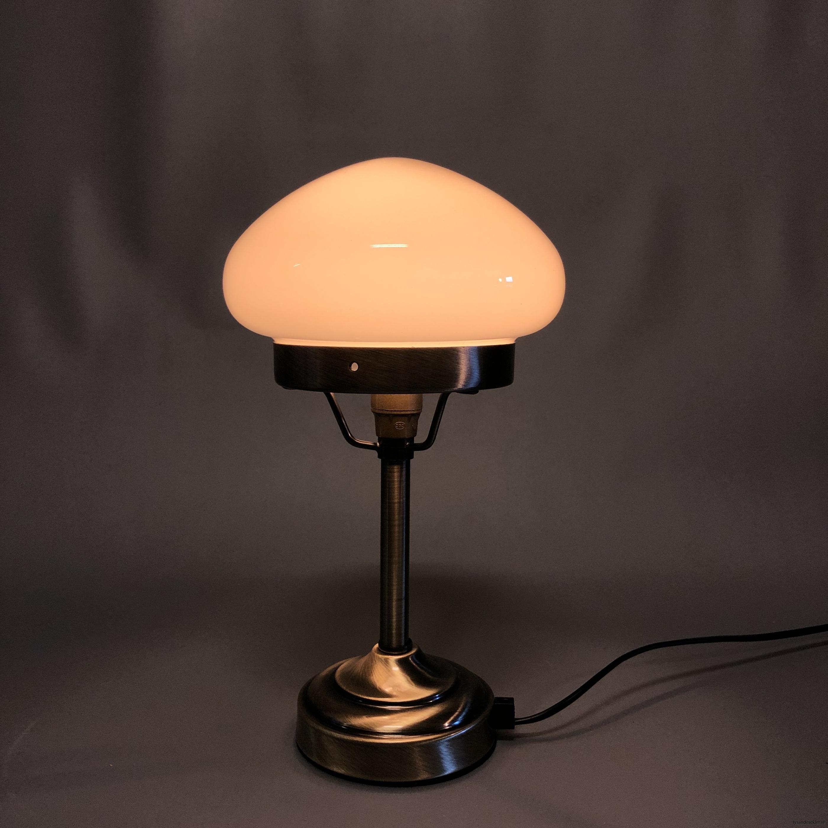 liten strindbergslampa 12 cm skärm1