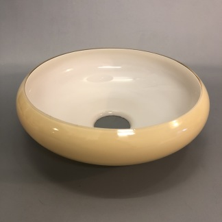 Skålformad gultonad hålskärm - Gultonad skålformad tallriksskärm med hål