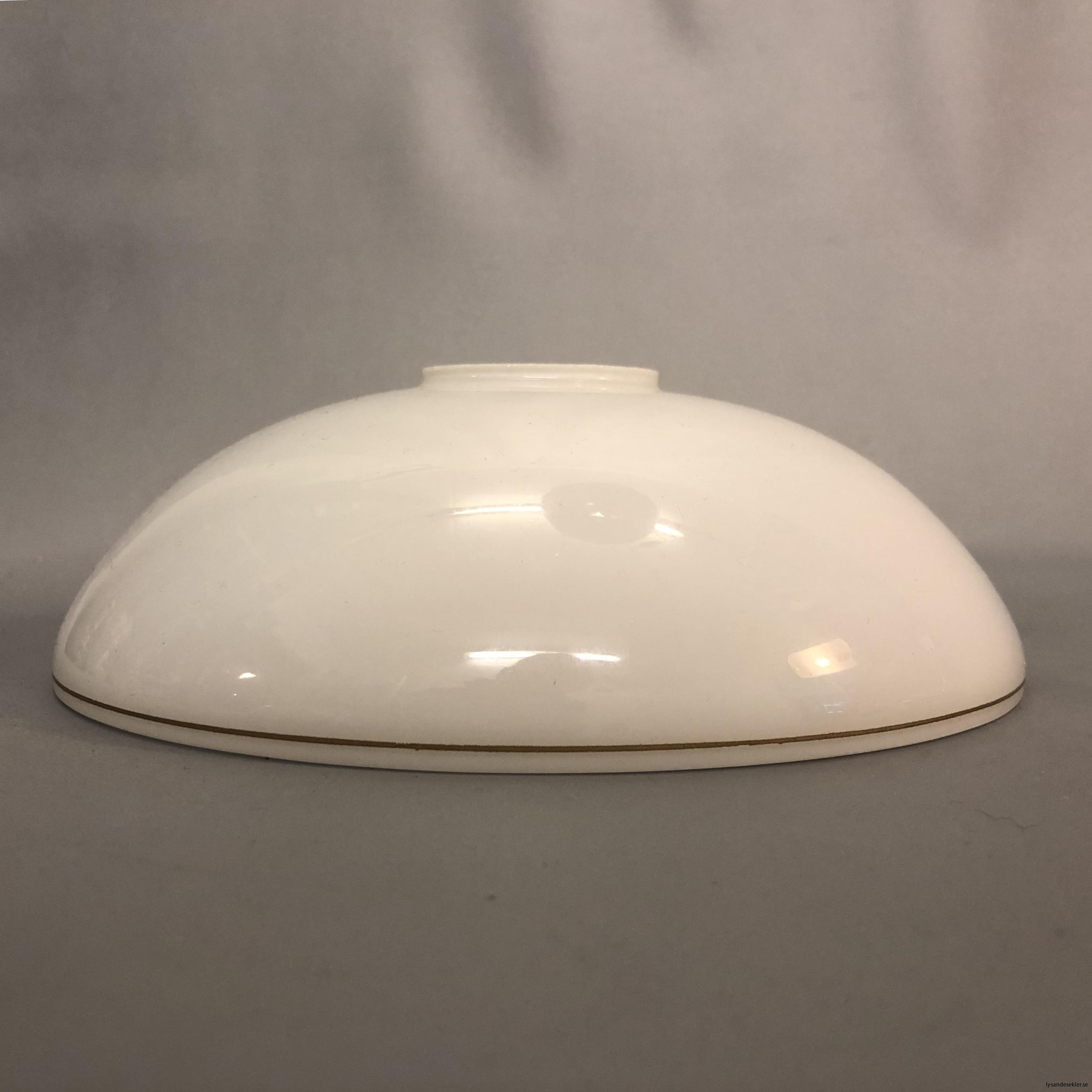 flat lampskärm med hål tallriksmodell för bl.a takarmaturer9