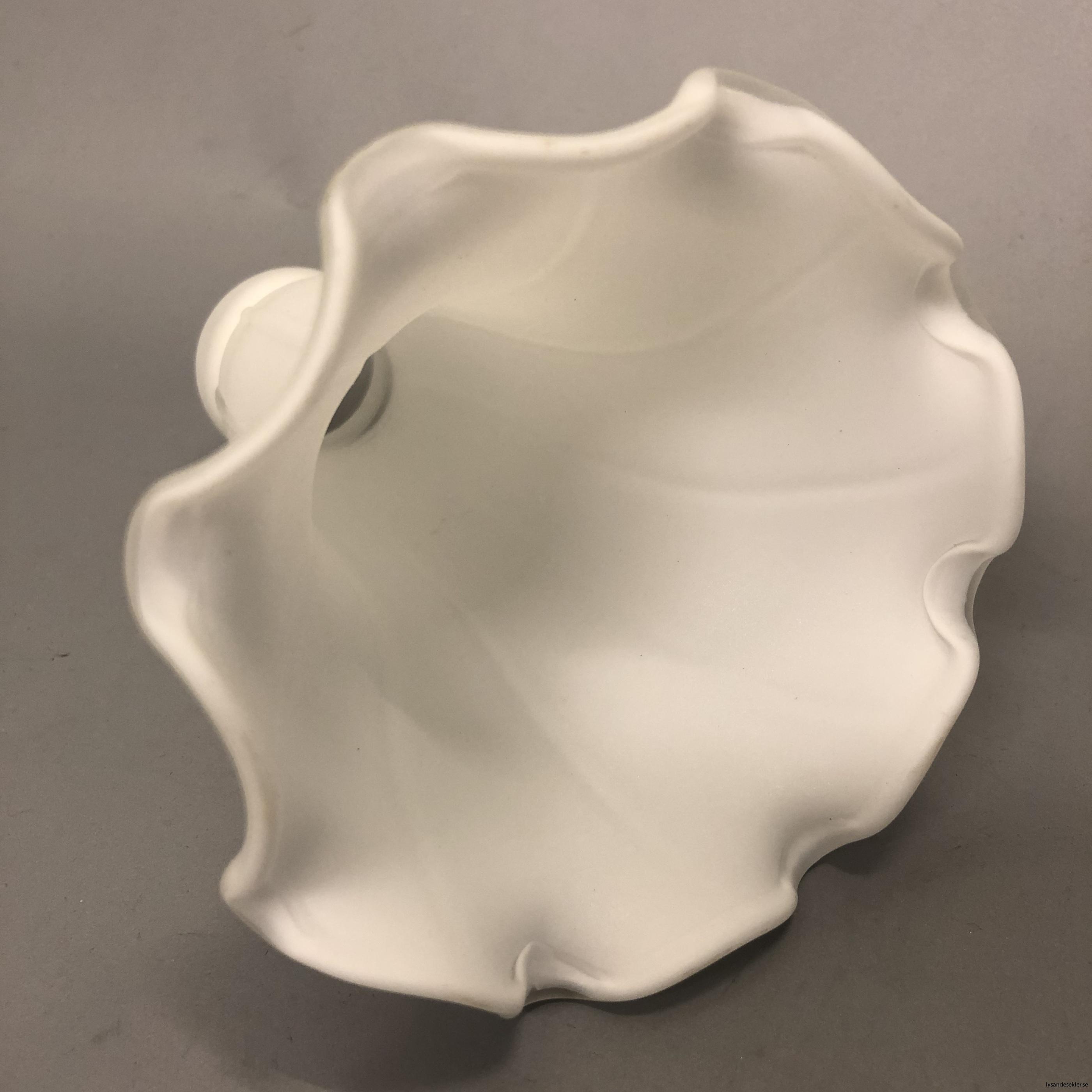 liljan matt vit kupa 40 mm upptill4