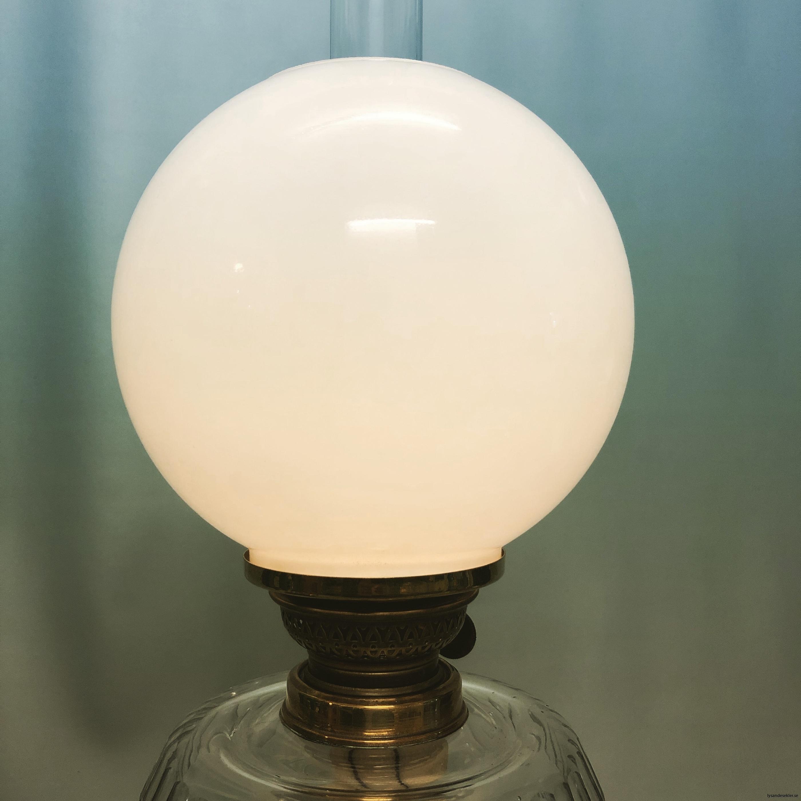 opalvit fotogenlampskupa kupa till fotogenlampa vit opal2