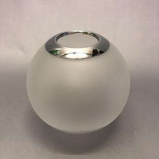 65 mm - Kupa 135 mm dansk klot med kromad topp och halvfrost (Kupa till fotogenlampa) - Kupa liten 10'''(65 mm) med kromad topp - halvfrostad