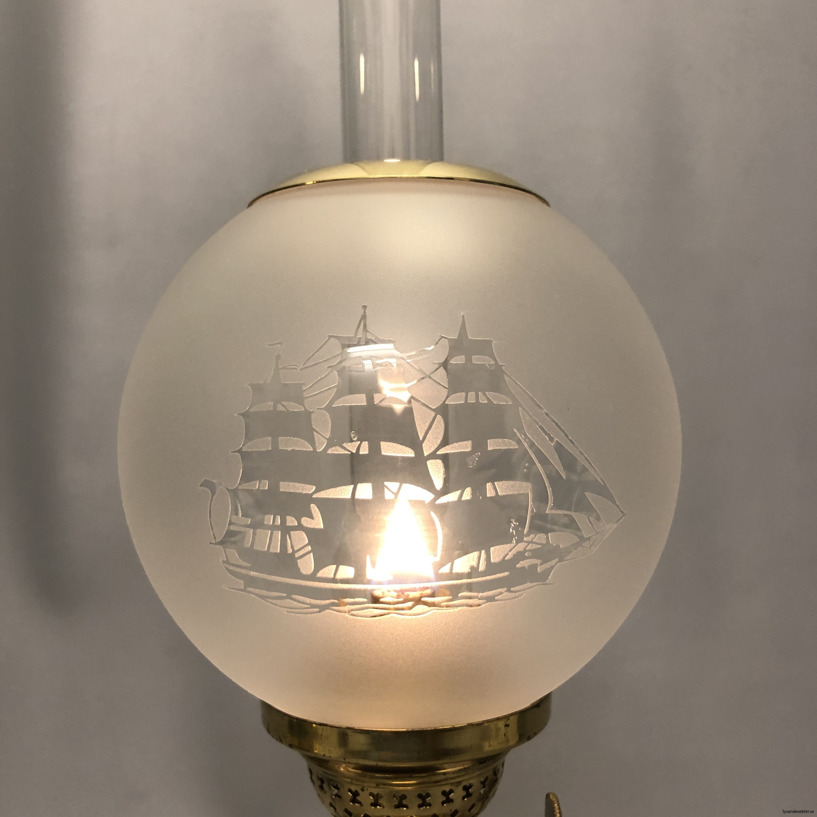 små klotkupor 135 mm till fotogenlampor dansk design10