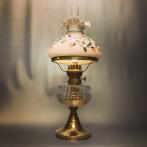 Fotogenlampa 14''' med handmålad veckad skärm (äldre)
