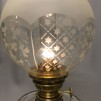 Mindre fotogenlampa 10''' på träfot (äldre)
