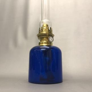 Kungsholmen kungsblå 14''' - Karlskrona Lampfabrik - Kungsholmen med mörkblått oljehus (COBOLTBLÅ)