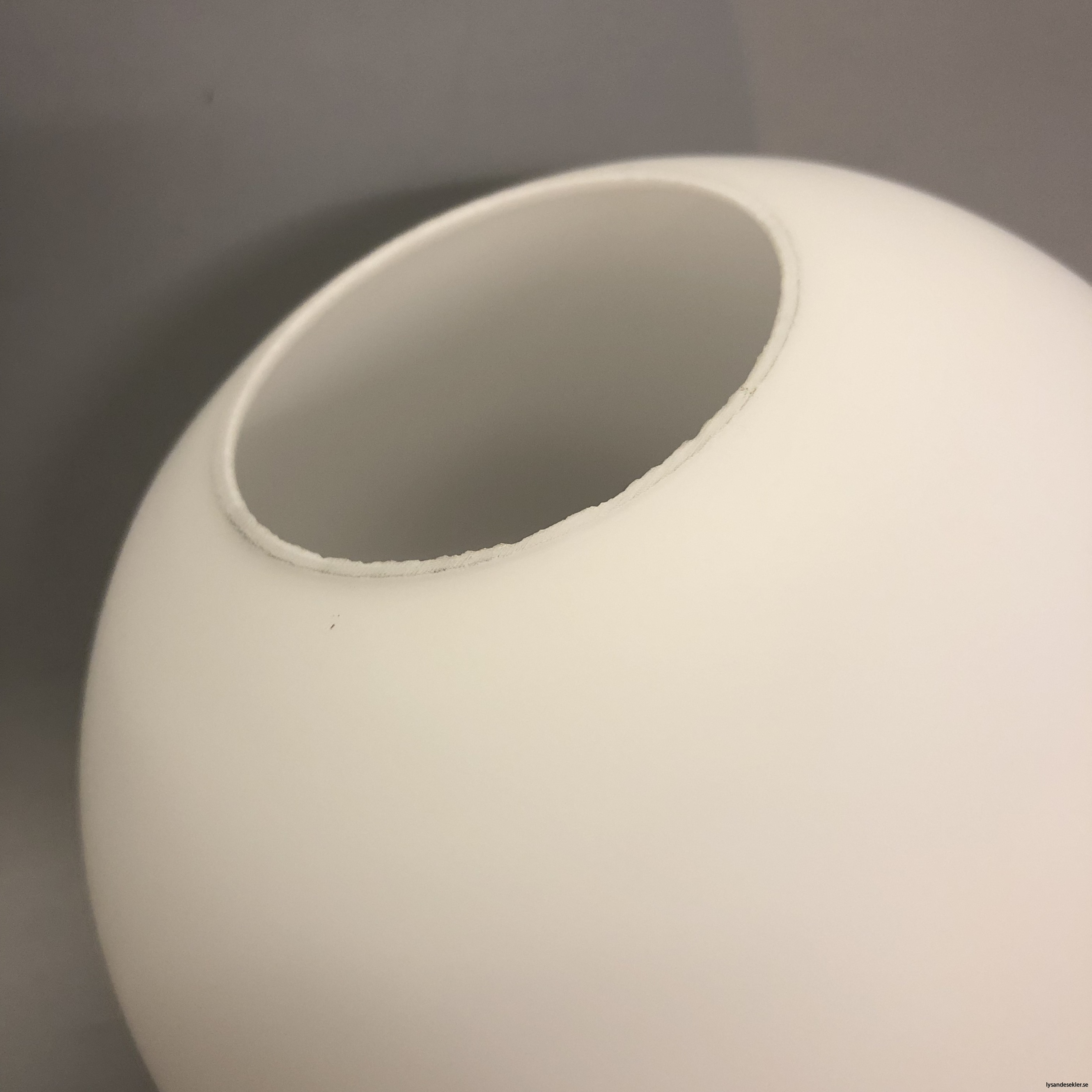 klot glas lampklot lampglas klotglas matt blankt vitt hålkupa hål11